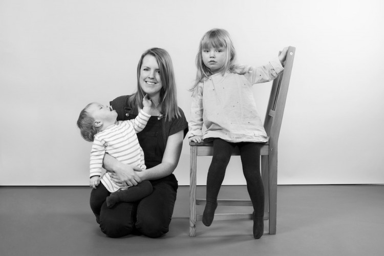 Charlotte Gray with her two children Iris and Vivi. Haggerston, London, 2015